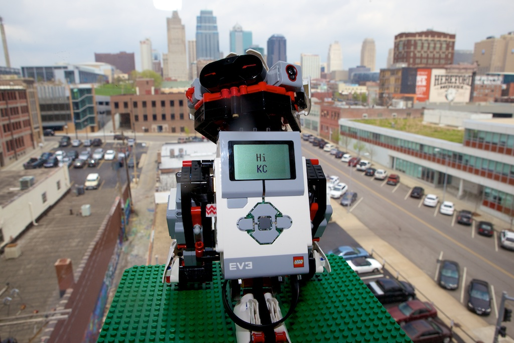 Gigabot Prime gives a shout out to Kansas City.